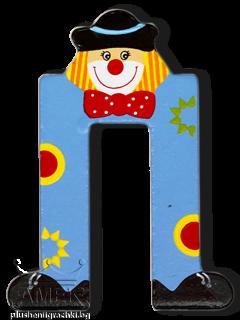 Декоративна дървена буква - П