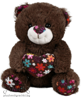 Bear with flower heart